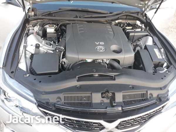 Toyota Mark X 2,5L 2014-3