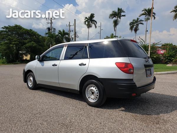 Nissan AD Wagon 1,5L 2015-9