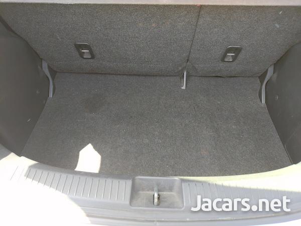 Mazda Demio 1,3L 2009-8