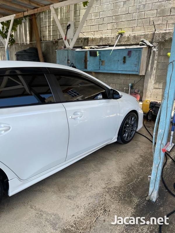 Toyota AURIS 1,5L 2013-13