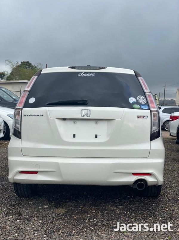 Honda Stream 1,8L 2011-4