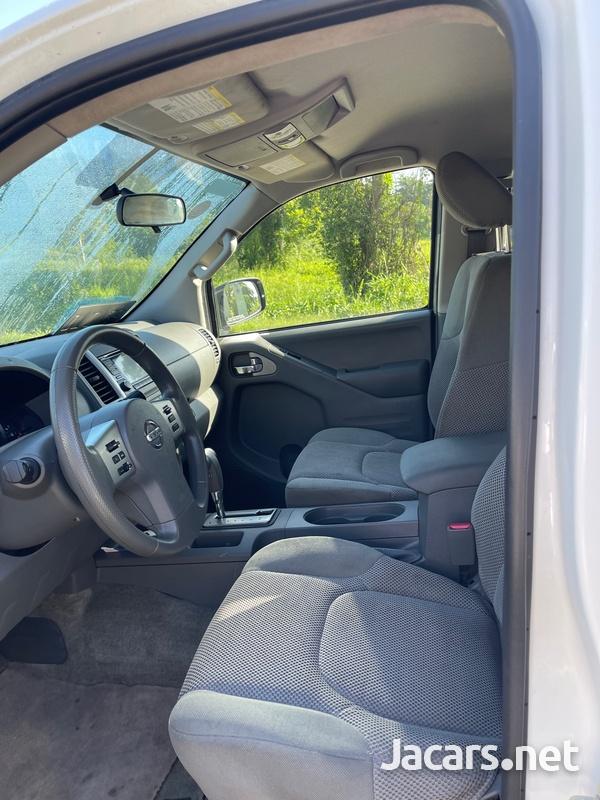 Nissan Frontier 6,1L 2016-7