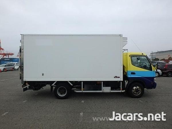 2009 hino Dutro freezer truck-1