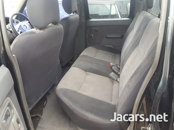 Nissan Pickup 2006-4