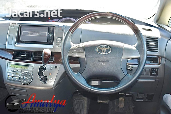 Toyota Estima 1,8L 2011-5