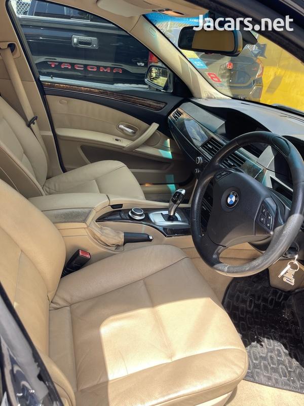 BMW 5-Series 3,0L 2008-6