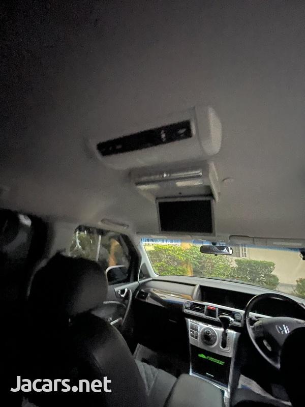 Honda Elysion 3,5L 2013-5