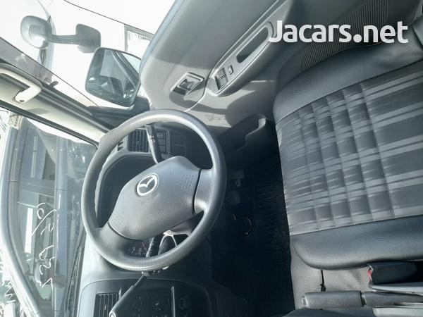 Mazda Bongo 1,8L 2016-8
