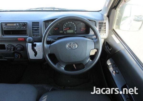 2016 Toyota Hiace Bus-5