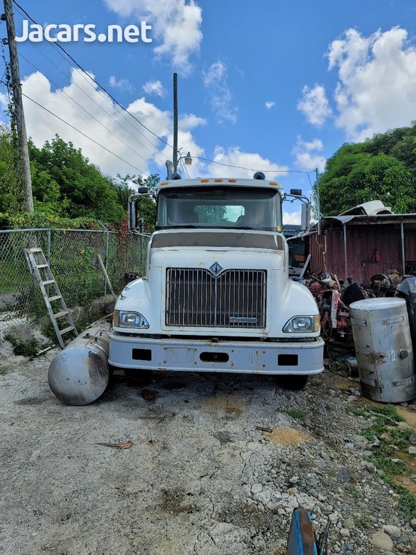 2001 International 9400 Roll off Truck-2