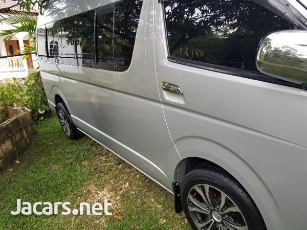 Toyota Hiace 2,7L 2013-2