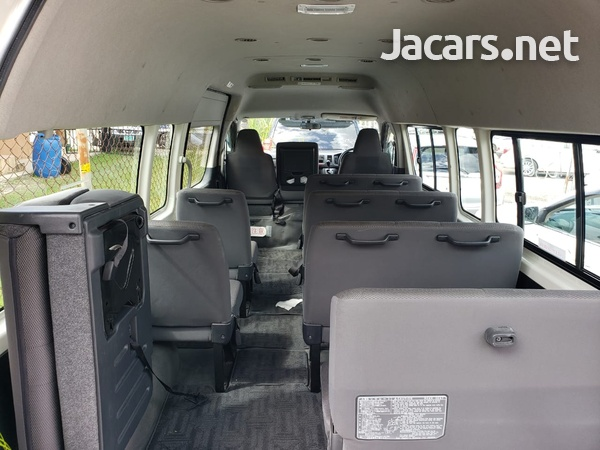 2011 Toyota Hiace GL Bus-4