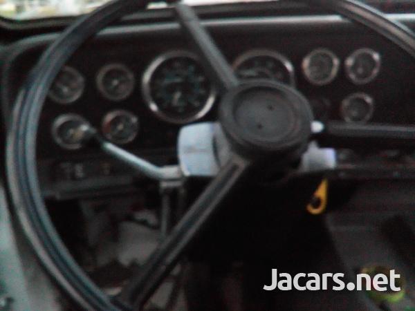 1988 GMC Bridgare Truck-8