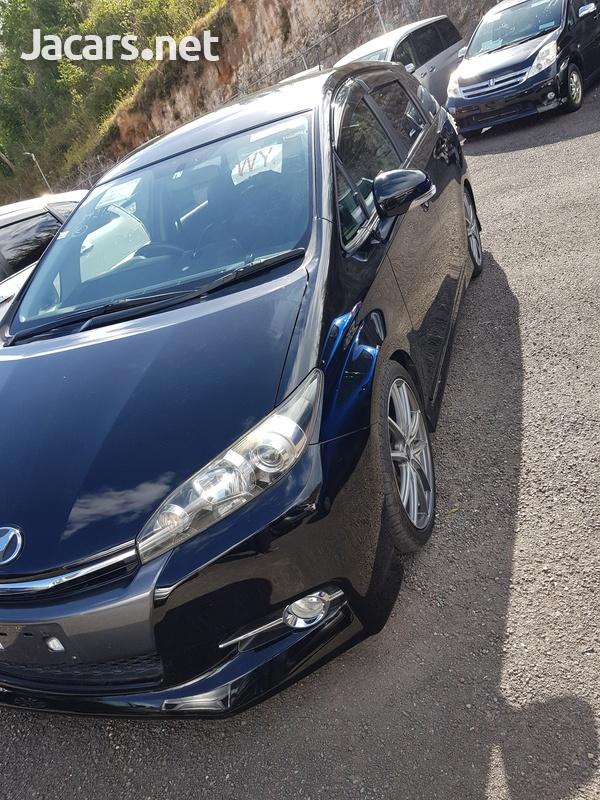 Toyota Wish 1,8L 2015-3