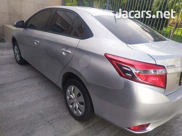Toyota Yaris 1,3L 2017-1