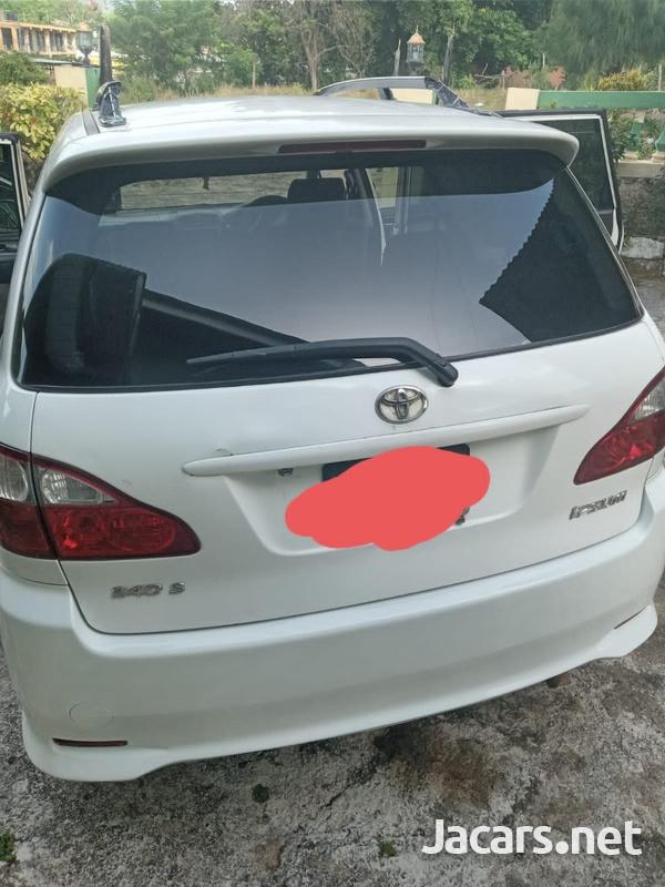 Toyota Ipsum 2,0L 2006-5