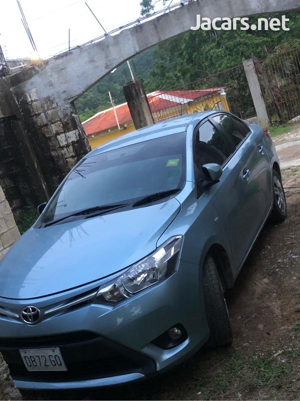 Toyota Yaris 1,3L 2014-5