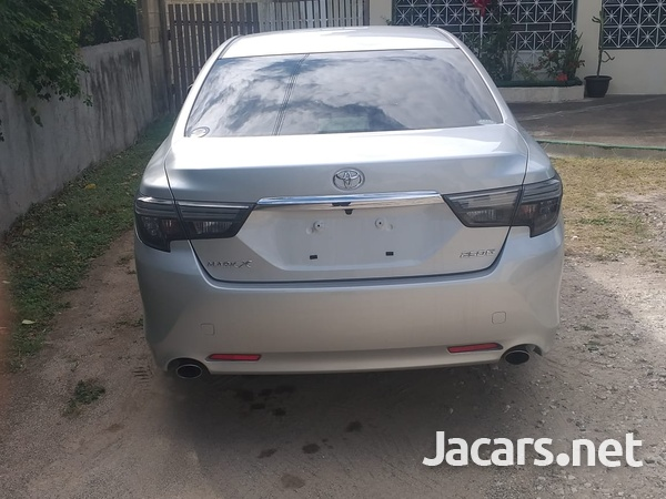 Toyota Mark X 2,5L 2017-9