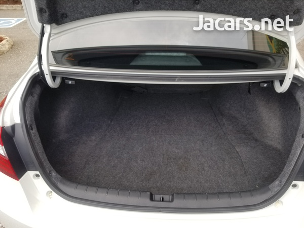 Honda Accord 3,5L 2015-5