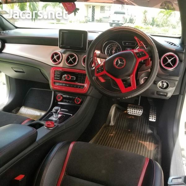 Mercedes-Benz CLA-Class 2,5L 2014-12