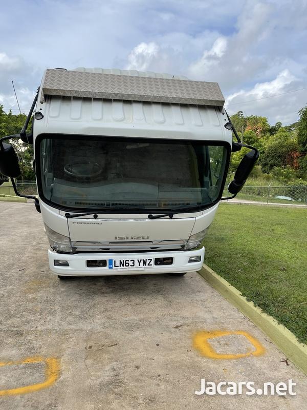 2013 Isuzu forward Truck-3
