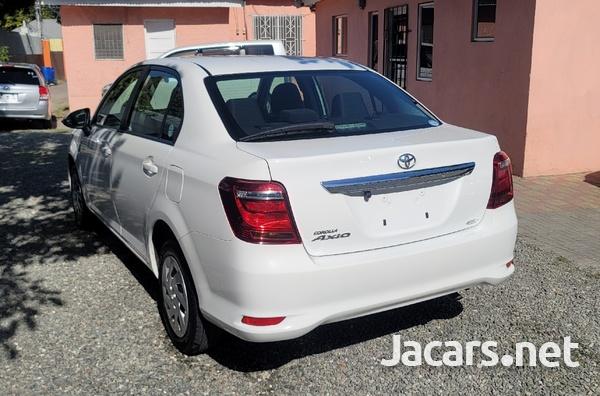 Toyota Axio 1,5L 2018-4