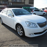 Toyota Crown 4,6L 2012