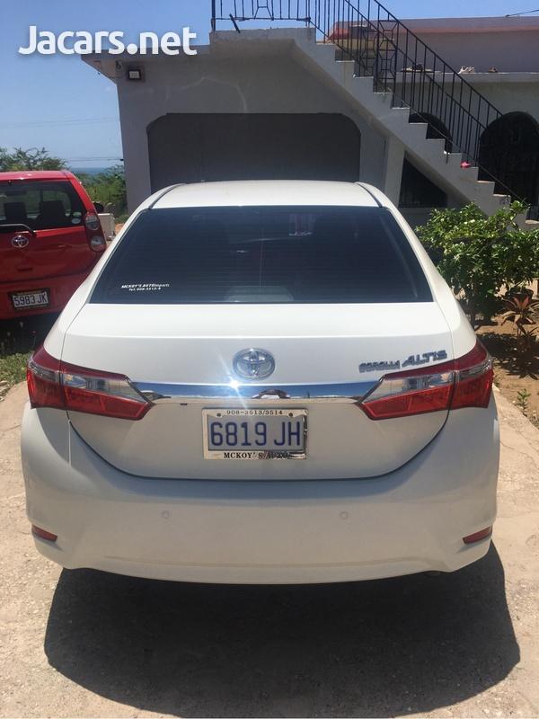 Toyota Axio 1,8L 2014-4