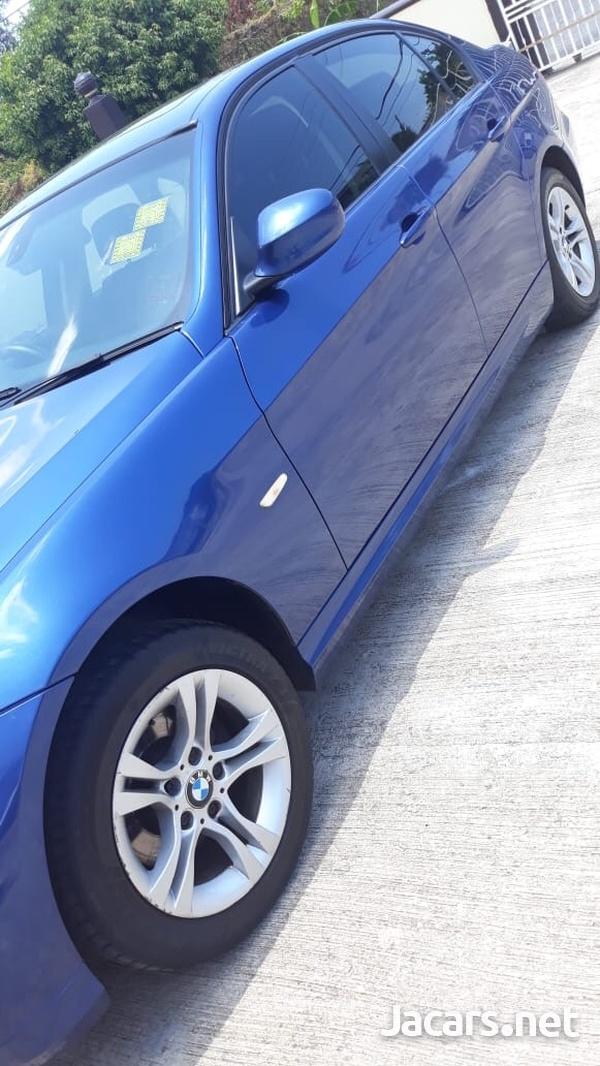 BMW 3-Series 2,0L 2010-8