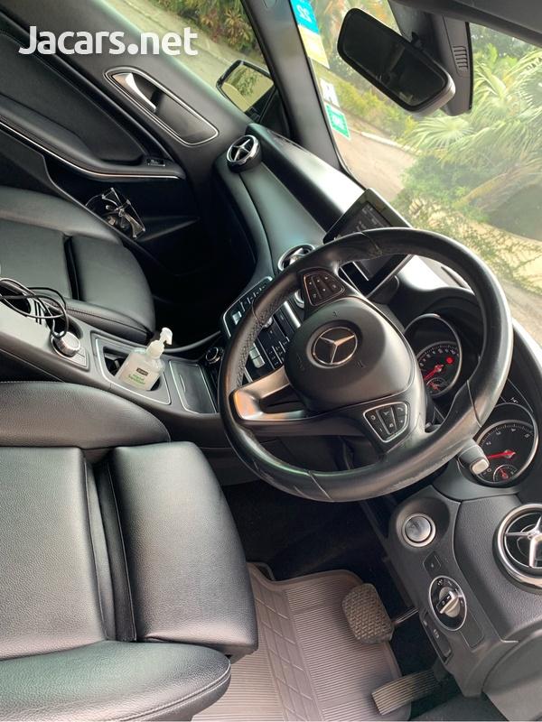 Mercedes-Benz GLA-Class 1,6L 2018-9