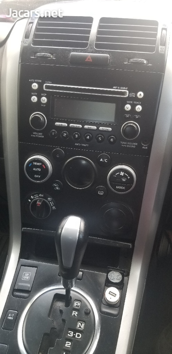 Suzuki Grand Vitara 2,0L 2013-4