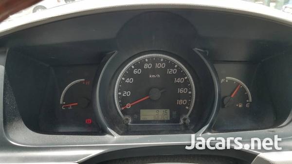 Toyota Hiace 2,5L 2013-10