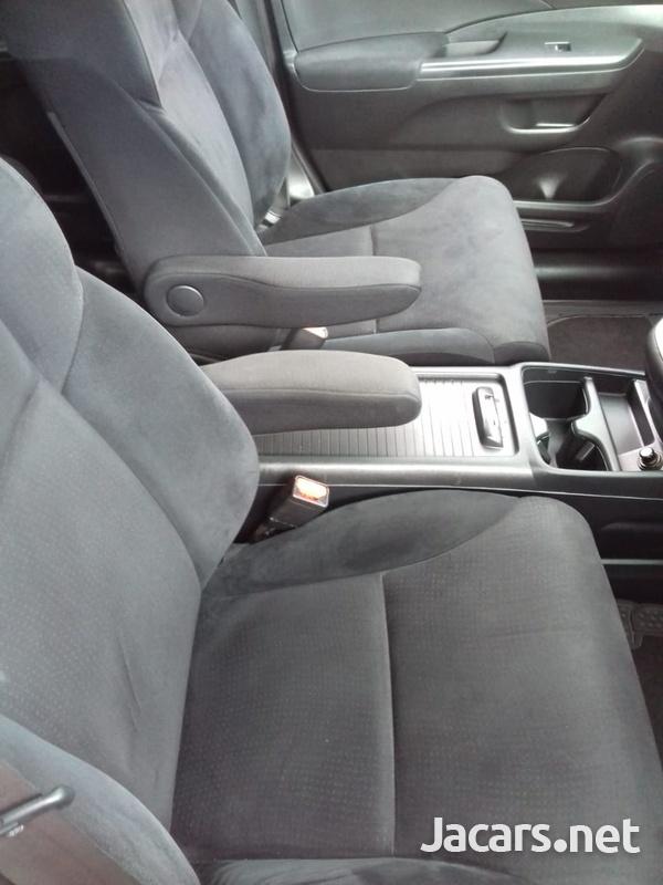 Honda CR-V 1,6L 2012-4
