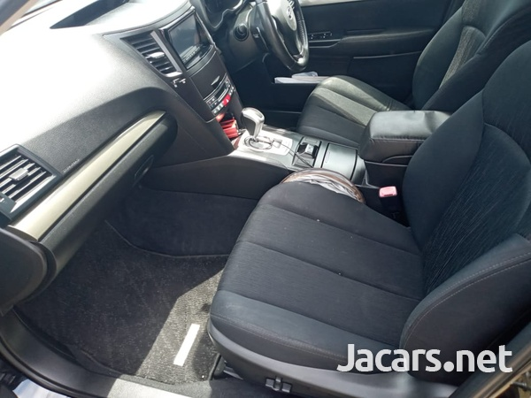 Subaru Legacy 2,5L 2012-9