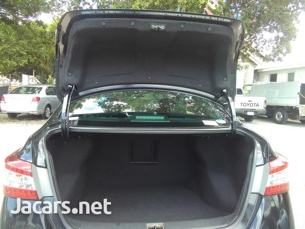 Nissan Sylphy 1,8L 2014-12