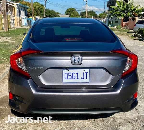 Honda Civic 2,0L 2017-3