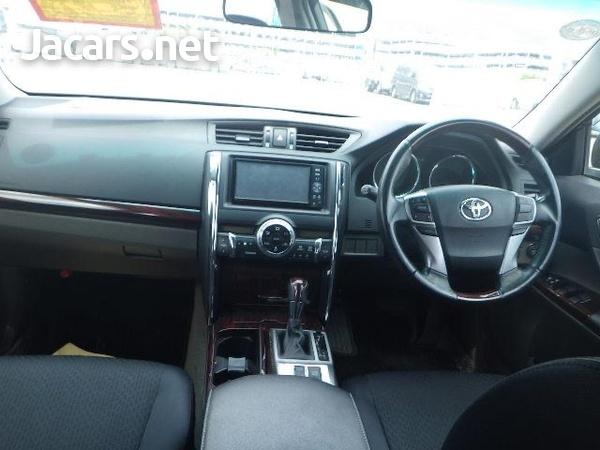 Toyota Mark X 2,5L 2011-5