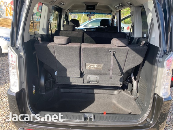 Honda Step wagon 2,0L 2011-11