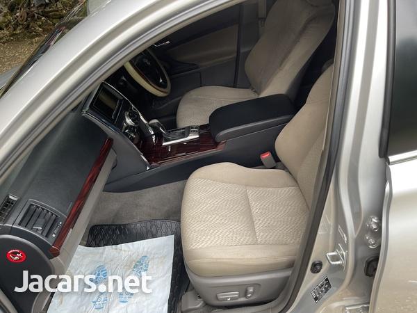 Toyota Mark X 2,1L 2012-5