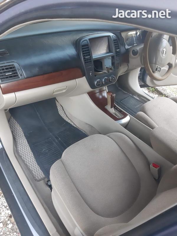 Nissan Bluebird 2,0L 2005-8