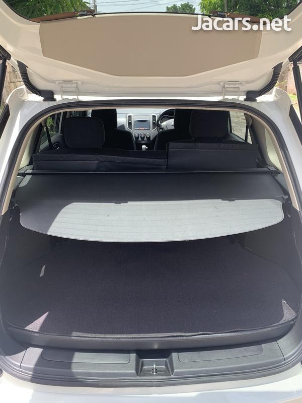 Nissan Wingroad 1,5L 2016-10
