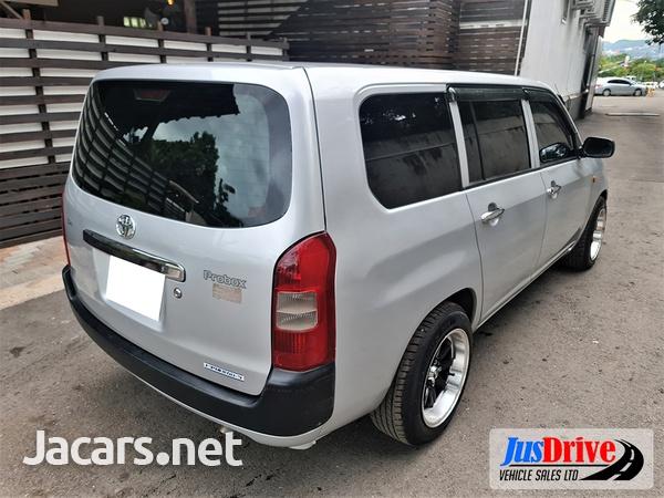 Toyota Probox 1,2L 2013-4