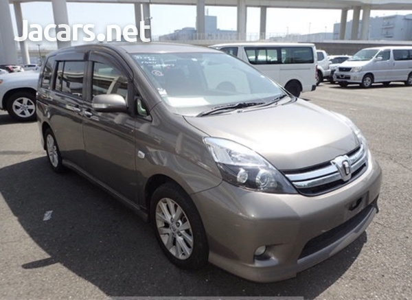 Toyota Isis 2,0L 2012-2
