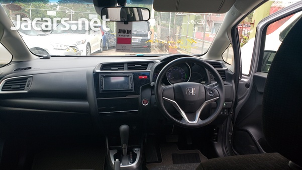 Honda Fit 1,3L 2017-9