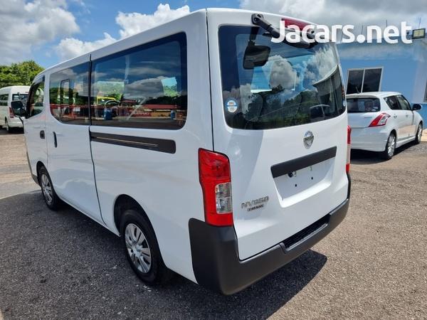 Nissan Caravan 2,5L 2016-6