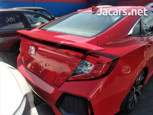 Honda Civic 1,5L 2018-3
