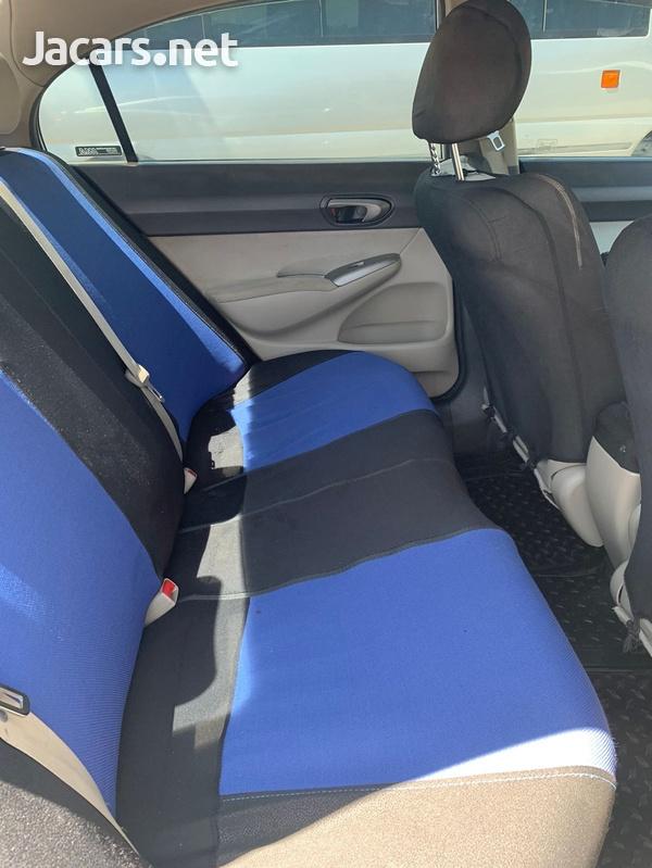 Honda Civic 1,3L 2010-7