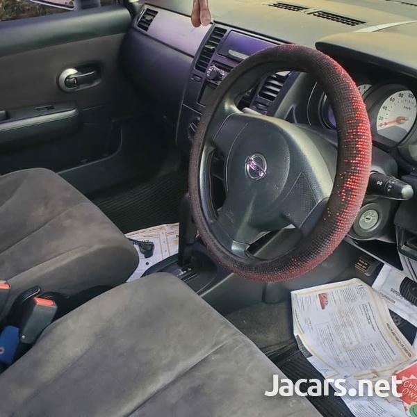 Nissan Tiida 1,4L 2012-3