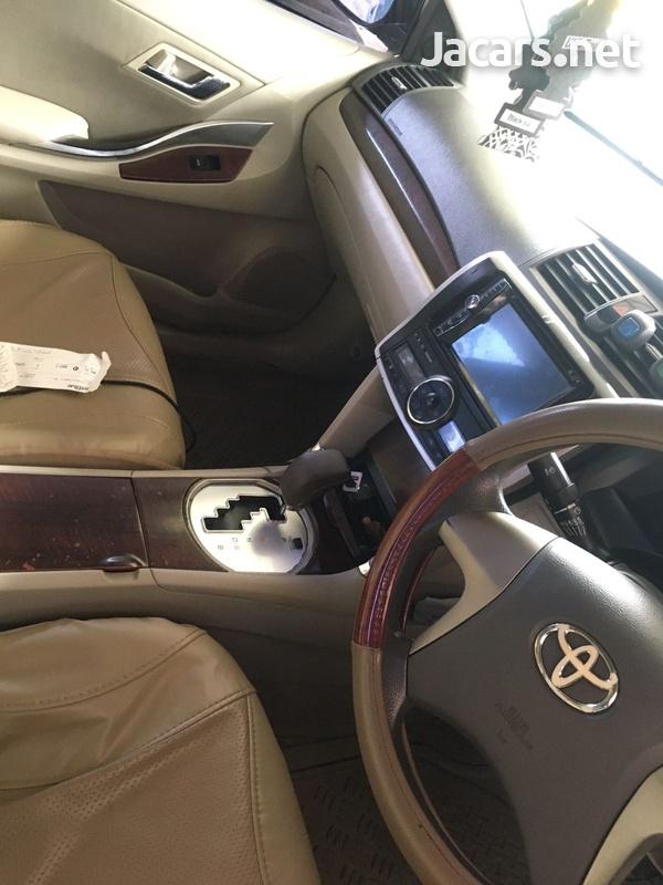 Toyota Allion 1,8L 2012-6