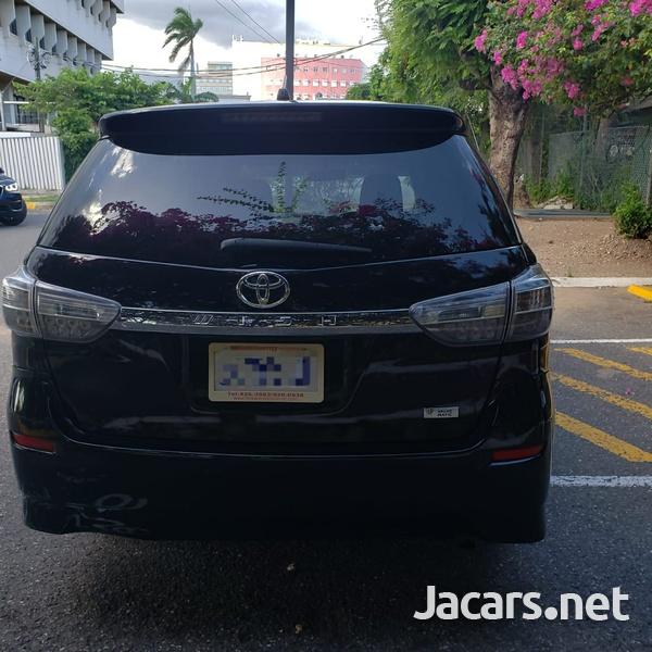 Toyota Wish 1,8L 2015-6